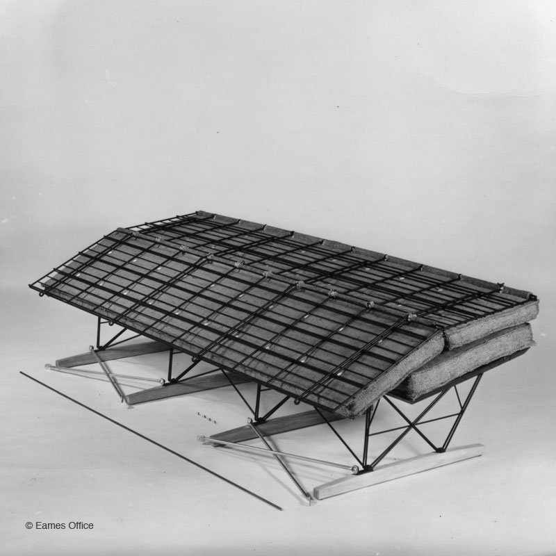 Wire Sofa | Eames Office